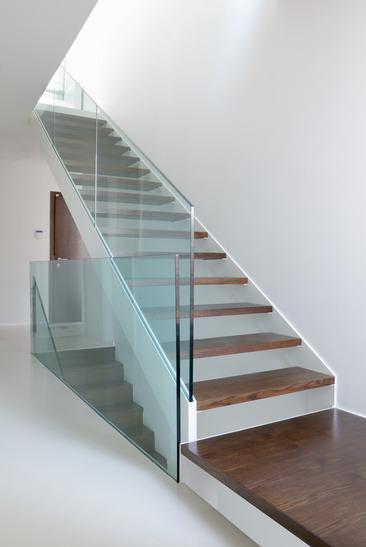 Le scale per interni cura nel design e qualit dei materiali - Scale interni design ...